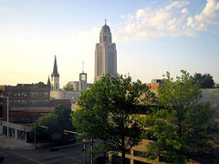 Lincoln, Nebraska has centralized jobs and low unemployment (by: bebetoujours/Julia, creative commons license)
