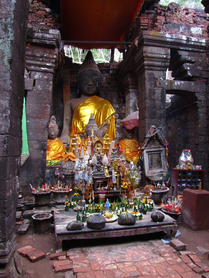 5735872625 59e96f0f97 o Visiting Wat Phou (Ancient Temple Complex) in Champasak, Laos