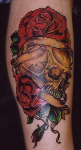 new skool skull and roses done by russell at bizarre ink 36 westport