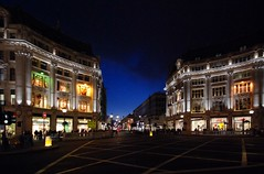 Oxford Circus - London (Roy McGrail (krm gib)) Tags: street city uk england urban london night evening nikon unitedkingdom centre 2008 oxfordcircus sigma1020mm d80 lovelycity