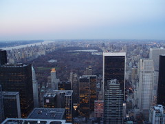 Central Park from Top of the Rock (jane_sanders) Tags: park nyc newyorkcity bridge lake newyork museum river hotel centralpark manhattan hilton rockefellercenter moma reservoir museumofmodernart hudsonriver trumptower fifthavenue dakota greatlawn topoftherock georgewashingtonbridge metropolitanmuseumofart blackrock sheepmeadow gebuilding hiltonnewyork solowbuilding thedakota generalmotorsbuilding jacquelinekennedyonassisreservoir burlingtonhouse cbsbuilding 712fifthavenue alliancecapitalbuilding financialtimesbuilding