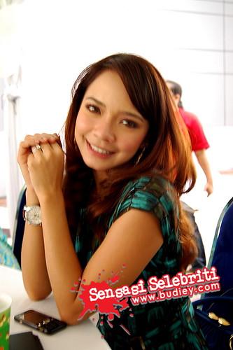 Gambar Pelakon Nora Danish di Ulangtahun ke-2 TV9