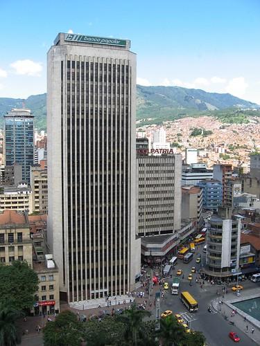 Banco Popular - Avenida Colombia. Medellìn, Antioquia
