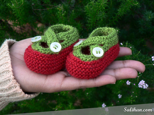 Tomato Baby Bootees