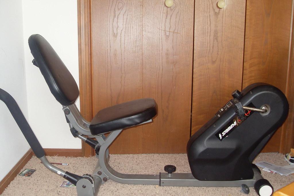 Stamina 4650 Dual-Action Recumberant Stationary Bike -$20