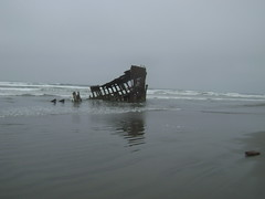 The Wreck of the Peter Iredale (pete4ducks) Tags: sky beach water boat peter pacificocean pete oregoncoast wreckage iredale pete4ducks peteliedtke 2008travel