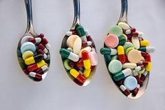 Spoon pills