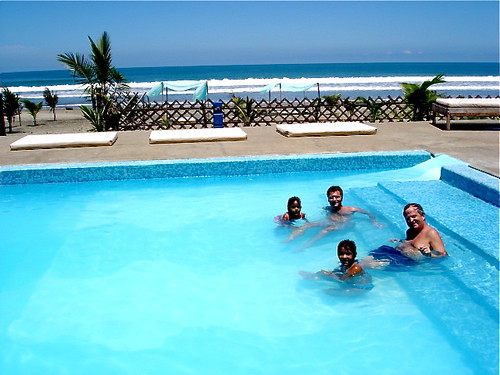 Ecuador-beach-condo-swimming-pool