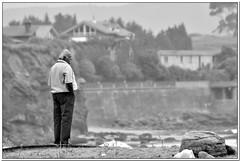contemplacin (R.Duran) Tags: bw espaa man blancoynegro beach spain nikon espanha europa europe asturias playa bn espagne d300 asturies contemplacion caravia espasa interestingness344 70300mmf4556gvr ltytr1