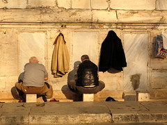 Yeni Cami (pho_kus) Tags: sunset men feet one all prayer istanbul but washing urbanlife blueribbonwinner reflectyourworld yenicamimosque