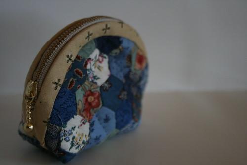 Hexagon pouch