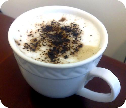 دعوة على فنجان قهوة .Redha Slama 2990903375_6c2205b368.jpg?v=1225541082