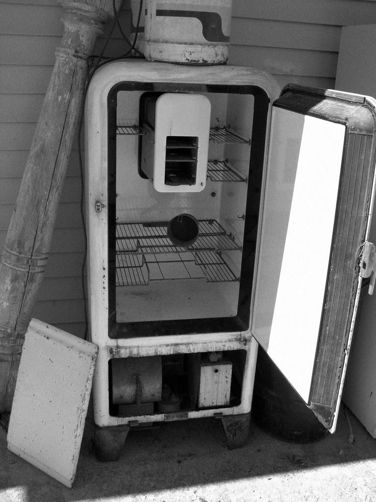 Kerosene-powered Refridgerator