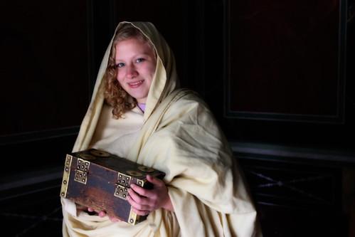 Roman fortune teller girl