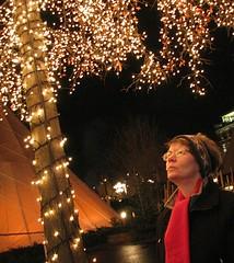 Warmth (Peter D..) Tags: red scarf gteborg lights warmth liseberg 123f1 copyrightallrightsreserved peterdejeborn
