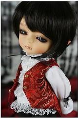 Swwoooonnnn Vampire Baby (Lawdeda ) Tags: vampire tan miel mystic
