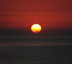 Sole all'Alba (Luca Querzoli alias LQ Photo) Tags: sunset sea sun nature sunshine marina sunrise atardecer luca italia tramonto mare alba natura cielo sole acqua riflessi arancio calabria arancione riflesso anawesomeshot aplusphoto querzoli goldstaraward vosplusbellesphotos lucaquerzoliphotographer fotografiedilucaquerzoli lulumiophotographer lqphoto lqfoto lqphotography lqfotografia fotolqlucaquerzoliphotography lqlucaquerzolifotografia