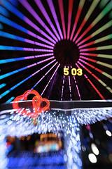 Cosmo World Ferris Wheel (Uncle Ike) Tags: world wheel japan lensbaby canon hearts paul eos rebel kiss ferris yokohama cosmo minatomirai ventura xsi sakuragicho x2 450d