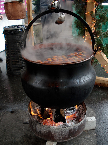Bubbling Vin Chaud