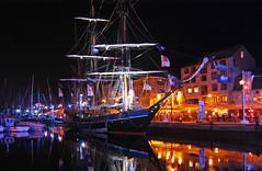Tall Ship at Night, Plymouth Barbican (jamiegaquinn) Tags: boat plymouth barbican tallship suttonharbour transat