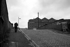 Ancoats, Manchester, 1981. (Fray Bentos) Tags: manchester gloomy dismal hill cobbles rundown setts ancoats lslowry pavingandroadsurfacingmaterials