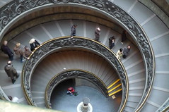 Steps in the Vatican Museums (chronixos) Tags: italien italy rome rom spiralstair wendeltreppe vaticanmuseums vatikanmuseum