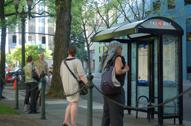 bus_stop_by_park4
