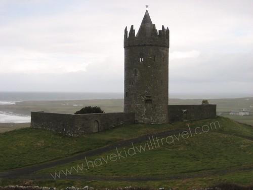 2008-03-07 Ireland Doonagore Castle in Doolin