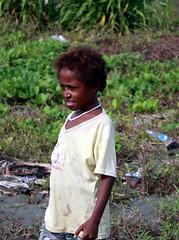Beneraf girl (Mangiwau) Tags: boy boys girl kids children indonesia masi plastic pearl kampung papua kampong anus irja neckalce wakde keder sarmi papouasie yamna kumamba beneraf betaf