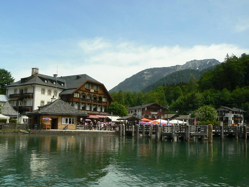 Konigssee main harbour speak English