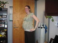 IMG_3567 (drjeeeol) Tags: jill pregnancy banana pregnant belly triplets