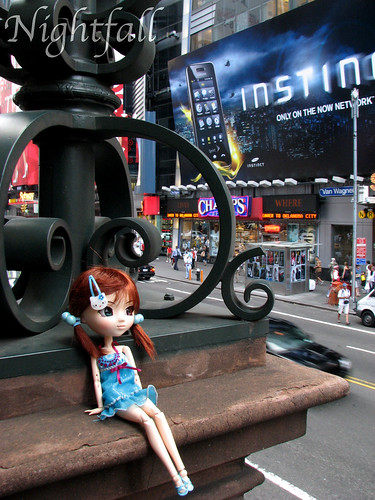 365 Toy Project: A Pullip in Times Square