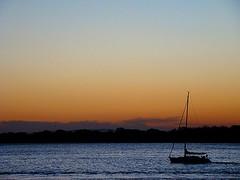 Pr-do-Sol no Guaba (Daniel Freire) Tags: pordosol sol barco guaiba frenteafrente