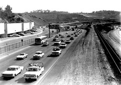 El Monte Busway at Long Beach freeway (Metro Transportation Library and Archive) Tags: busway traffic busways hovlane dorothypeytongraytransportationlibraryandarchive highoccupancyvehiclelanes historypin
