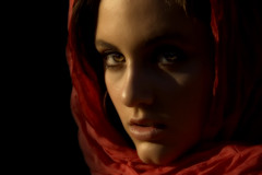 Embrujo (shardox) Tags: light wallpaper portrait woman luz girl face spain eyes retrato tamara ojos mirada nationalgeographic lleida theface manto embrujo rossell supershot abigfave colorphotoaward aplusphoto theunforgettablepictures colourartaward goldstaraward 100commentgroup atqueartificia paintingwithlightandshadows artofimages bestportraitaoi absolutegoldenmasterpiece absoluterouge