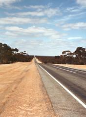 Endlose Weite (fotogisel) Tags: strasse australien endlos