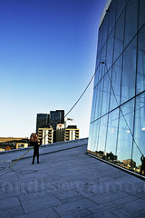 Oslo Opera Window Cleaning II (trondjs) Tags: blue autumn windows white window glass lines oslo norway architecture canon reflections opera europe sigma brush 1d mk2 nordic marble operahouse scandinavia 2008 modernarchitecture windowcleaning operahuset 1dmk2 1dmarkii snhetta snohetta canoneos1dmarkii sigma2460 eos1dmarkii 1dmkii bjrvika snoarc osloopera trondjs oslooperahouse sigma2460mm dennorskeopera dennorskeoperaogballett sigma2460mm128exdg longbrush extremelylongbrush shutterprio sigma50th