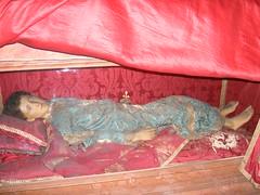 San Lactancio, mártir romano (abarrero2000) Tags: roma saint shrine holy martyr catacombs relics catacumbas reliquien reliquary urna reliquias châsse relicario niñomartir figurarelicario
