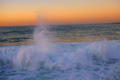 Sunset and surf (moelynphotos) Tags: california sol beach scenery surf sunsets tranquility naturalbeauty scenicview sunsetatthebeach romanticview poundingsurf spectacularsunsetsandsunrises moelynphotos