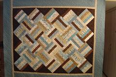 Strips (Jessica's Quilting Studio) Tags: blue arizona brown phoenix jones quilt jessica feather quilting swirl custom strips pantograph longarm gamez