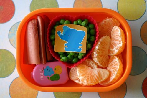 Preschooler Bento #111: December 3, 2008