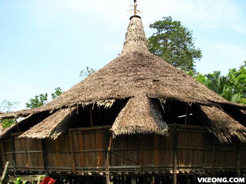 bidayuh-longhouse