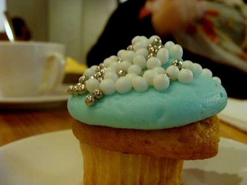 breakfast at tiffany's cupcake