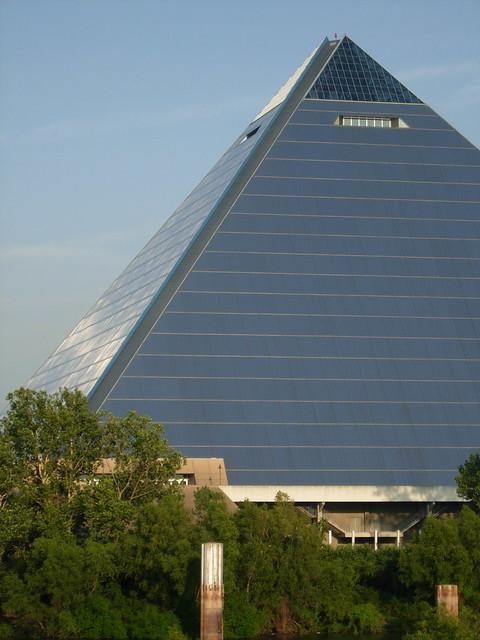 Memphis Monument