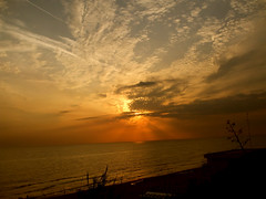 Litoranea Anzio-Lavinio..Lavinio (Birnardo) Tags: life italia tramonto mare sensational sole skyblue lazio anzio lavinio mywinners abigfave colorphotoaward diamondclassphotographer simplysuperb goldstaraward flickrestrellas flickrstas flickrpointofview landscapesdreams spiritofphotography salveanatureza flickrbestpics qualitypixels peachofashot artedellafoto lefotopibelledelmondo feelingroup birnardo bomboetosky