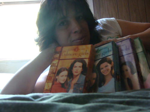 I love Gilmore Girls. :)