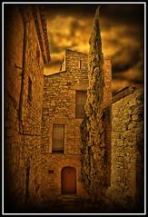 Guimer (XXI) (Jose Luis Mieza Photography) Tags: espaa private spain catalonia medieval catalunya catalua lleida privado guimera firstquality benquerencia reinante jlmieza multimegashot reinanteelpintordefuego joseluismieza