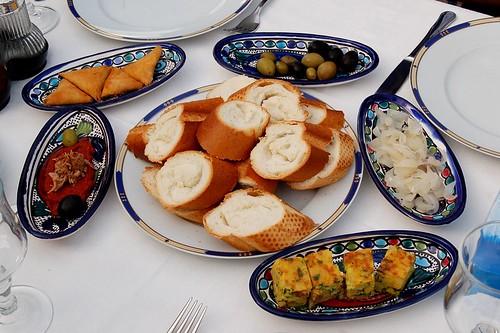 تعرف اشهى المأكولات التونسية
