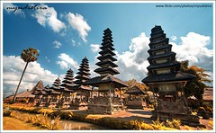 Island of Thousands Temple (myudistira) Tags: bali work canon indonesia ir temple photographer culture made infrared 2008 pura 1022mm taman freelance tamanayun adat budaya balinese fotografer andscape ayun unik yudis baliview 400d baliphotographer yudistira myudistira madeyudistira yudist