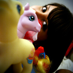 Day #288 - 5/22/08 - Pony perspective. (xelia.) Tags: me toys ponies mylittlepony mylittleponies 365days
